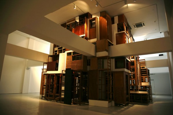 Distance by Wang Jianwei; Installation, 2009