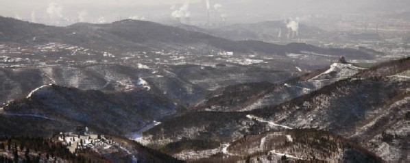 8 Great Sights-5-The Western Hills Shimmering in Snow