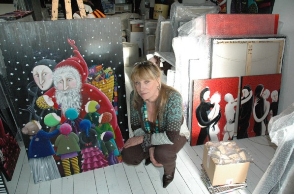 Benoit Basset with Her Painting(Profile Picture)
