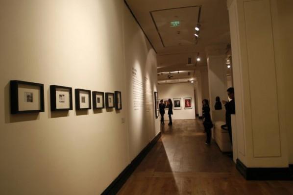 Live Coverage of Polaroid Series --Julian Schnabel Solo Exhibition 03