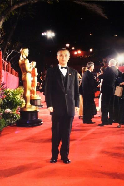 Wang Shui-bo attended Oscar Ceremony in 1999.