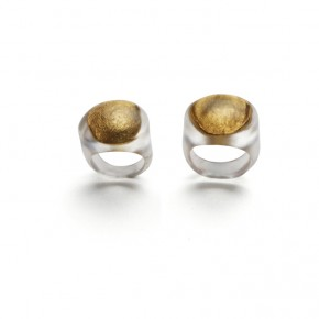 05 Teng Fei-Wedding Rings of Xiao Tao and Xiao Duan-Shadow, 2011; silver, gold and rsin, diameter: 0.9cm/1.7cm