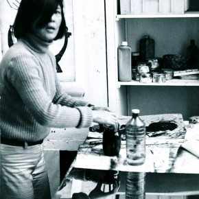 24 In 1970s, Hoo Mojong was working in ther printmaking studio at Rue Moulon Vert, which is former studio of Zao Wou-Ki.