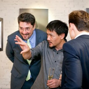 """04 Artist Xiang Yang was introducing his artwork """"Here and There"""" to the Cultural Representatives of Consul General of France."""