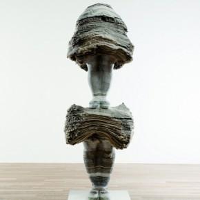 42 SYAMAMOTO KUMIKO- tanding Position, 2010; newspaper, magazine, iron, wood and adhesives, H180×W55×D50cm