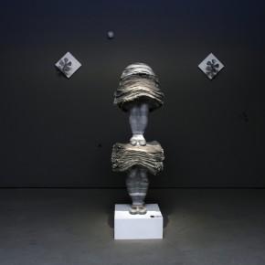 Work 006 YAMAMOTO KUMIKO- Standing Position, 2010; newspaper, magazine, iron, wood and adhesives, H180×W55×D50cm