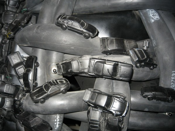 Chen Zhen-Exciting Delivery(detail), 1999