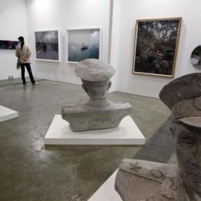 07 Hong Kong International Art Fair, AP Photo/Kin Cheung