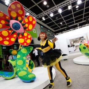 "15 Hong Kong International Art Fair, ""Flowers that Bloom at Midnight"" by Japanese pop artist Yayoi Kusama"