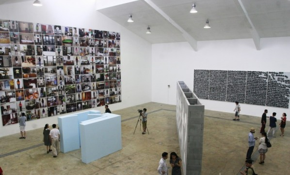 20 Suspicion, Night Breezes, and a Never-ending Voyage at Tang Contemporary Art