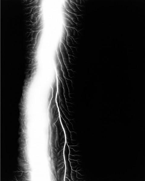 Hiroshi Sugimoto – Lightning Fields 163, 2009 – © Hiroshi Sugimoto, Courtesy The Pace Gallery