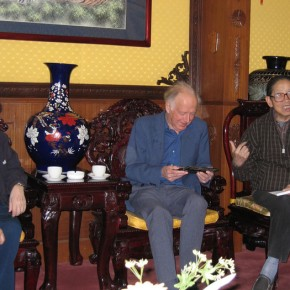 32 In May, 2004 Mr. Sullivan talked with Ding Chong(right) and Huang Miaozi(left) in Beijing
