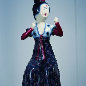 "12 Yu Fan, ""Tang Dynasty-Lady"", 2004; FRP spray paint A, 215×70×70cm"