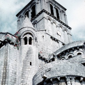 France-02-Chanvigny---Eglise-St-Pierre-04