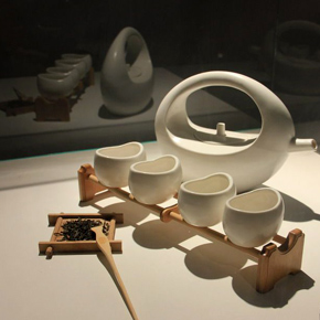 "IN HOME-Industrial Design Exhibition•The Fourth Round of ""Holding Solo Exhibition for My Schoolmates"" in CAFA"