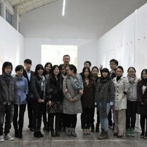 02 Group Photo of Students