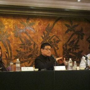 "04 The Press Conference of ""Cold War Aesthetics"", from the left, Wang Guangyi, Huang Zhuan and Li Xiaoyong"