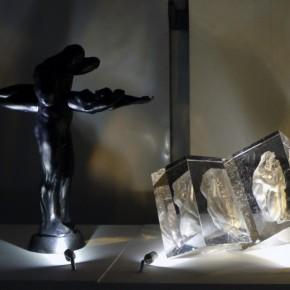 25 Art Work of Glass