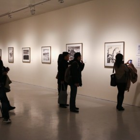 07 Installation View of The Black-and-white East and West Research Exhibition