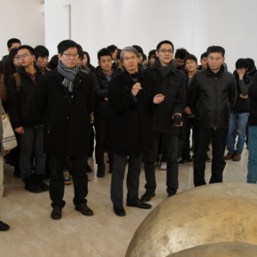 "12 Exhibition View of ""Golden Light"" Qiang Yong's Solo Exhibition"