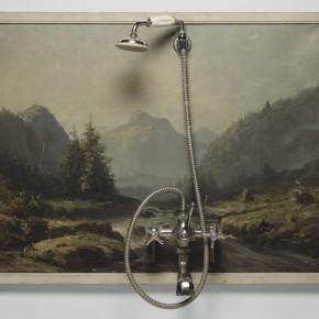 Spoerri Daniel La douche painting, installation Huile sur toile, robinetterie, tuyau, pommeau de douche sur bois 702x968x185mm 1961