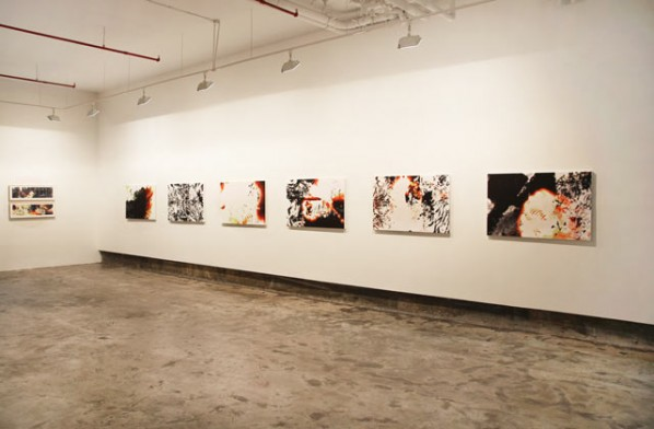 Installation View of Not Too Late: Recent Works by Feng Mengbo 01