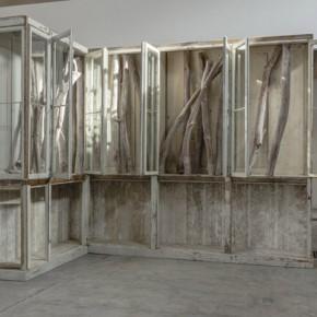 Berlinde De Bruyckere 009 2011 2012 legno vetro ferro corda materiale tessile 325x235x398cm 290x290 - Renowned Belgian artist Berlinde De Bruyckere makes her China debut at Galleria Continua, Beijing