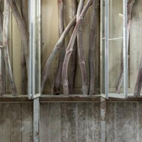 Berlinde De Bruyckere 009detail 2011 2012 legno vetro ferro corda materiale tessile 325x235x398cm 290x290 - Renowned Belgian artist Berlinde De Bruyckere makes her China debut at Galleria Continua, Beijing