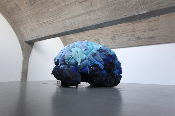 "Yin Xiuzhen, ""Thought"", 2009. Clothes and steel, 340 cm x 510 cm x 370 cm. Copyright Yin Xiuzhen"