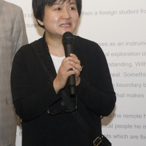 "01 Xie Suzhen Director of Today Art Museum spoke at the opening ceremony 290x290 - ""Face2Face: Portraits and Interiors"" Sino-Dutch Group Exhibition opened at Today Art Museum in Beijing"