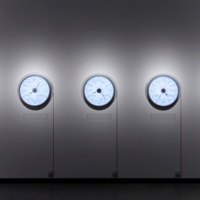 """Raqs Media Collective Now Elsewhere 2009 5 clocks high gross aluminium with LED lights variable size Photo by Anders Sune Berg © Faurschou Foundation 01 290x290 - Faurschou Foundation unveils its group exhibition """"Every Day Matters"""" in Copenhagen"""