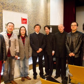 "01 Group photo of artists Fan Di an and Curator Wang Chunchen 290x290 - Press Conference of the ""Exhibition of Chinese Pavilion for the 55th Venice Biennale"" Held in Beijing"