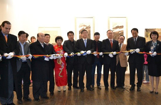 "01-The-Established-Exhibition-of-""Korean-Artists-Association-in-China"""