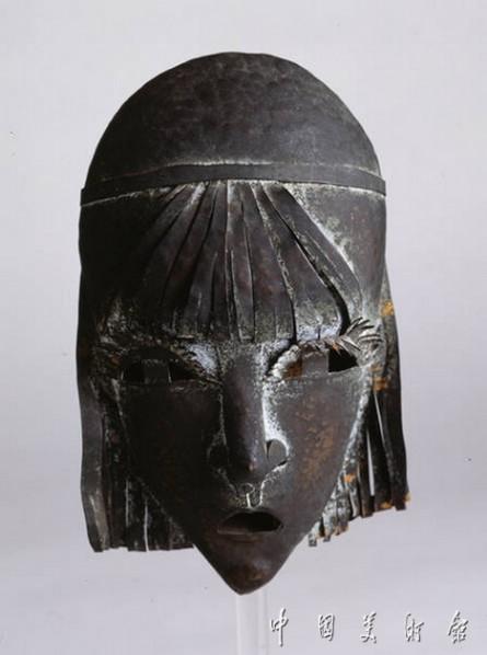 """Pablo Gargallo, """"Bangs Girl"""", sculpture, 17 x 10 x 4 cm, sculpture, 1913(1914)"""