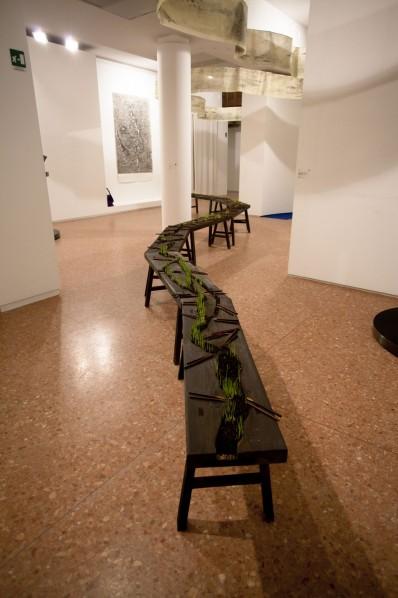 Qiu Zhijie, Canal Transportation, 2013; Wooden Bench, Plant seed, Soil, Chopsticks, Dimension Variable© Qiu Zhijie