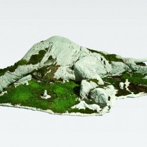 """32 Wang EnlaiCentral Academy of Fine Arts """"Moss – Where is the World"""" 130 x 70 x 30 cm sculpture moss and mixed media 2013 290x290 - 2013 Exhibition for the Nominated Students from the Art Academy Unveiled at the Today Art Museum"""