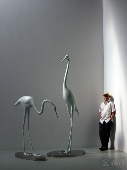Yu Fan and His Sculptures Cranes
