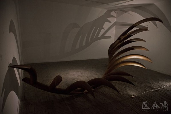 "View of Navachaa's works ""Untitled"", iron, 500 x 250 x 120 cm, 2013"