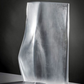 "Work of ""Stripping""International Contemporary Glass Art Invitational Exhibition 01"