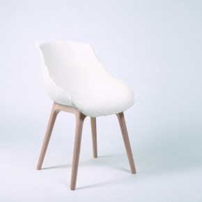 Zhang Lei Gù white chair 290x290 - The Fifth Gwangju Design Biennale China Pavilion Curated by Jin Rilong to Feature 12 Designers