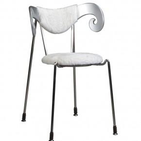 Zhu Xiaojie Swakara Chair 290x290 - The Fifth Gwangju Design Biennale China Pavilion Curated by Jin Rilong to Feature 12 Designers