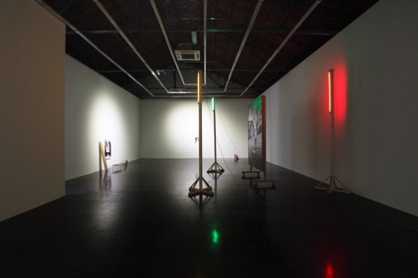 01 Exhibition View of Rauschenberg Said, the Walking Stick is Longer than the Maulstick, after All
