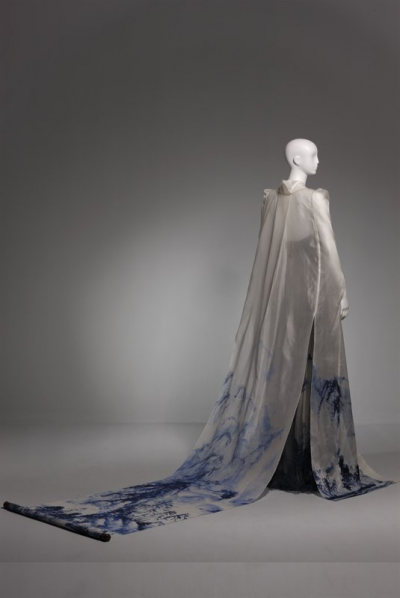 LUO Zheng, Impressions of an Ink Painting, Wild silkworm satin, silk georgette, gauze, 2012