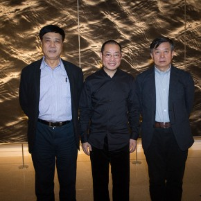 20 Chen Qi with Jiang Luthe left President of Tianjin Academy of Fine Arts and Wu Changjiangthe right Administrative Vice President and Secretary of the Party Sub Committee  290x290 - Notations of Time: Chen Qi Art Exhibition Solemnly Opened at the National Museum of China