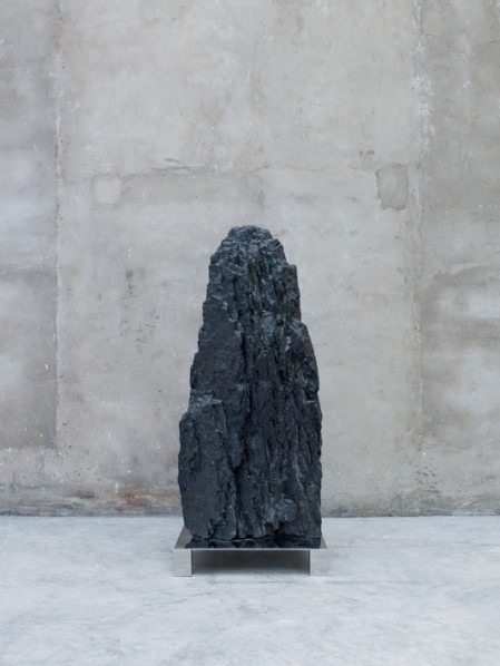 Not Vital, Piz Nair, 2011; coal, 165x55x70cm; Courtesy the artist and Galerie Urs Meile, Beijing-Lucerne
