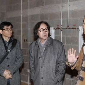 """From the left Yang Xinyi Xu Bing and Zhou Yi 290x290 - International Symposium on """"Background Story"""" by Xu Bing"""