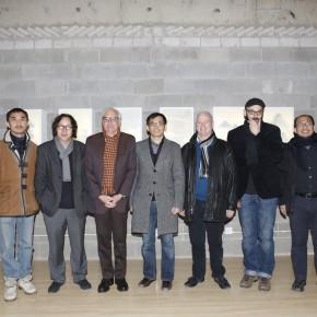 "Group Photofrom the left:Zhou Yi Xu Bing Daniel Herwitz Yang Xinyi Timothy Murray Miguel Angel Hernandez Navarro Lin Xuda 290x290 - International Symposium on ""Background Story"" by Xu Bing"