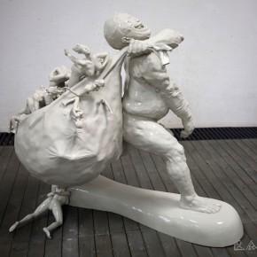 "018 Wang Huaxiang, ""Contemporary Migration"", 140 x 90 x 140 cm, frp, (57), 2008"