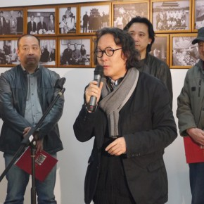 "03 Xu Bing addressed the opening ceremony of ""Teaching and Learning Improving Each Other Exhibition for Xu Renlong's Teaching and Creation"" 290x290 - Holding an Exhibition for the Students and Teaching Staff – Exhibition by Xu Renlong opened in CAFA"