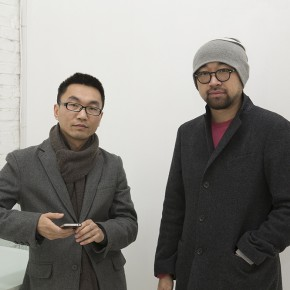"""Curator Lu Mingjun left artist Wang Mao right  290x290 - The Being of Non-Being: A Kind of Personal Expression on """"Meta-Painting"""" Presented at Linda Gallery"""